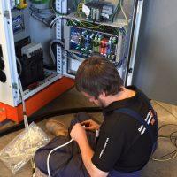 Service monteur Marc heeft veel ervaring in technisch productieprocessen.
